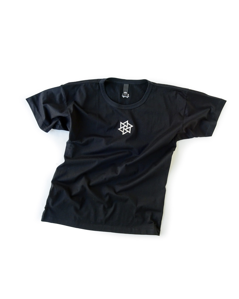 "OSA / T-shirt No.01 ""Rinne embroidery"", black Image"